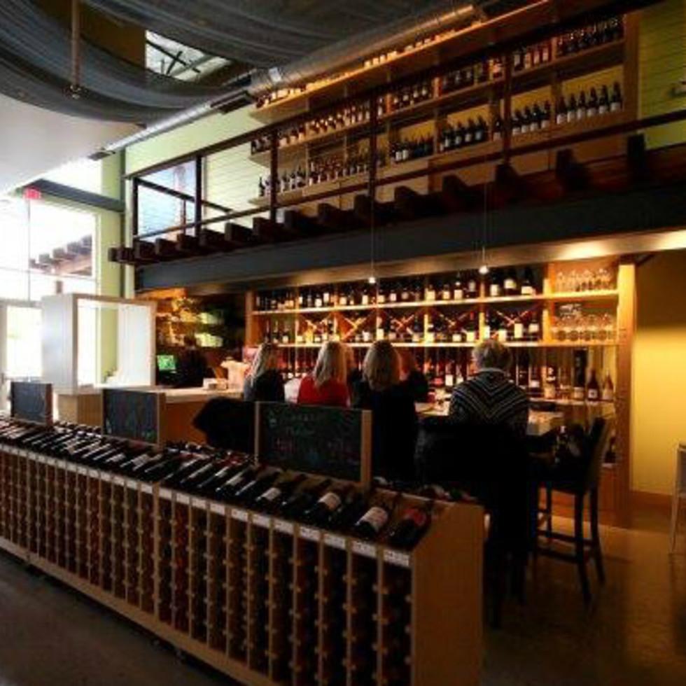 The Grove Wine Bar and Kicthen Austin restaurant West Lake Hills interior 2015
