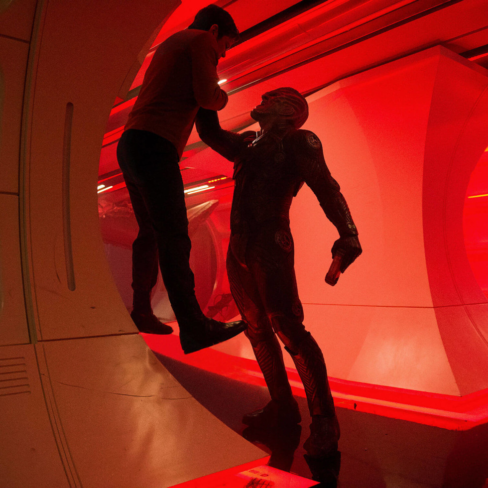 Chris Pine and Idris Elba in Star Trek Beyond