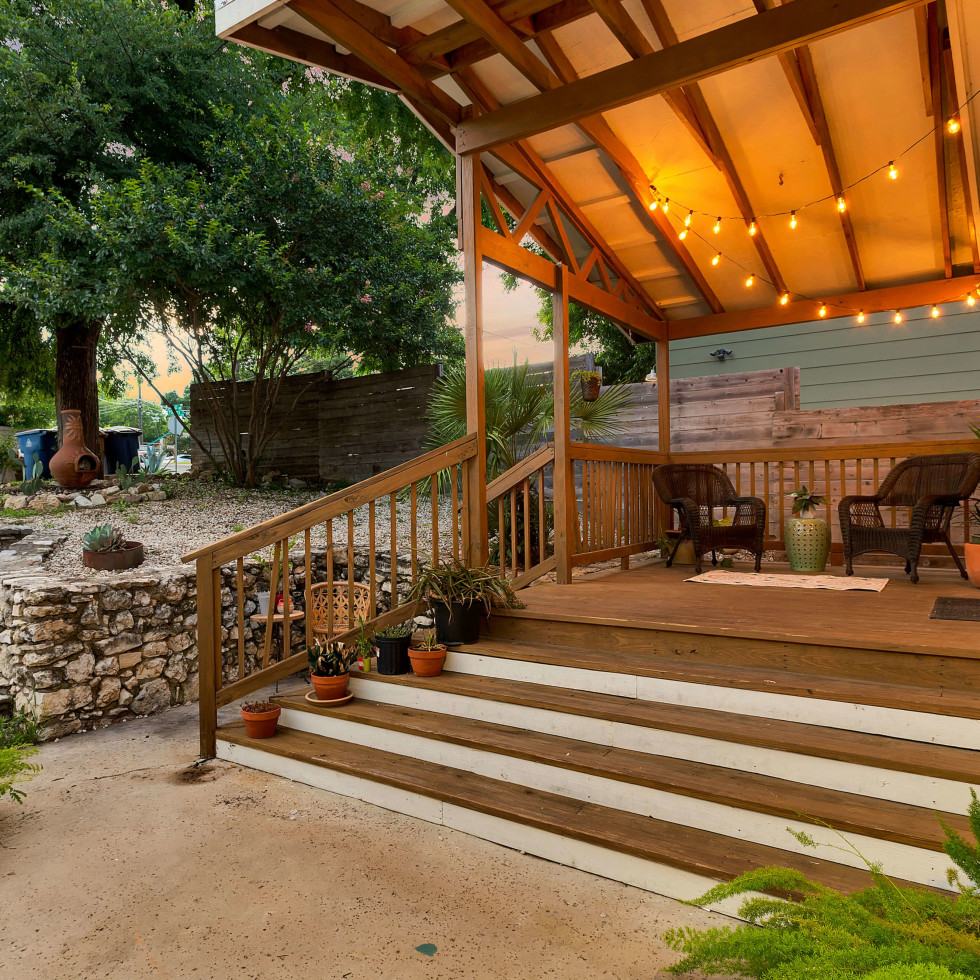 East Austin house home 1131 Poquito Street 78702 patio