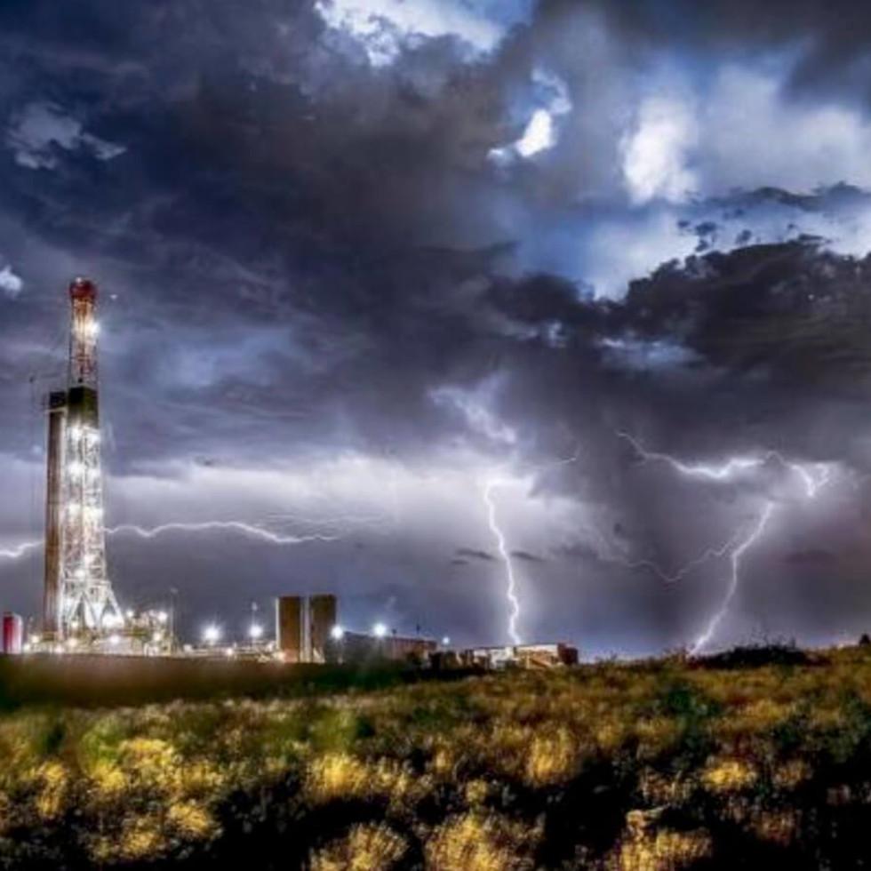 Milan Gallery presents Bob Callender: Oil & Gas Industry Fine Art Photography