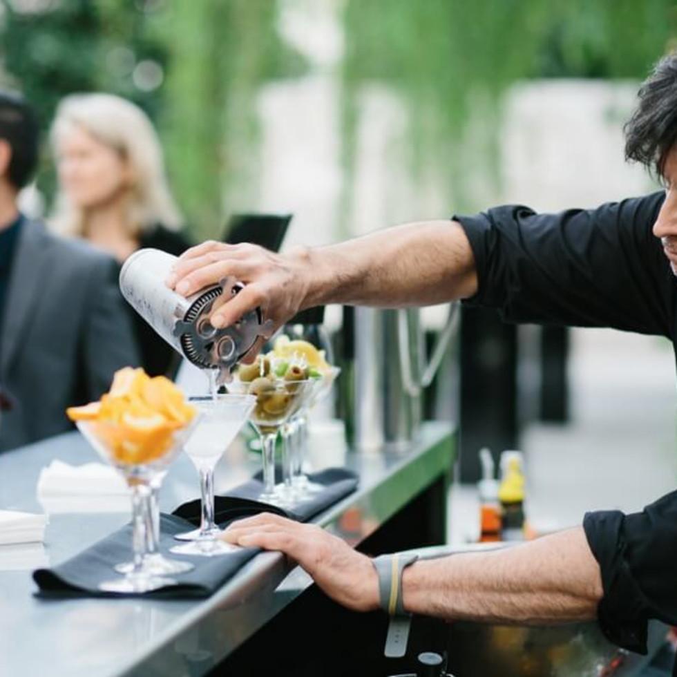Jared + Diana bar