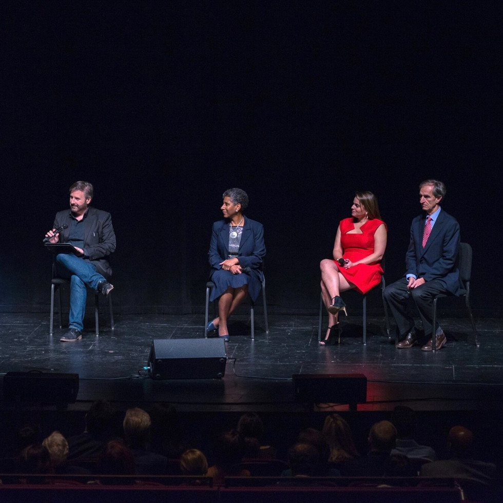An Evening with Anna Deavere Smith: Panel discussion with Anna Deavere Smith, Ernie Manouse, Dr. Alicia Monroe, Dr. Amy McGuire and Dr. Eduardo Bruera