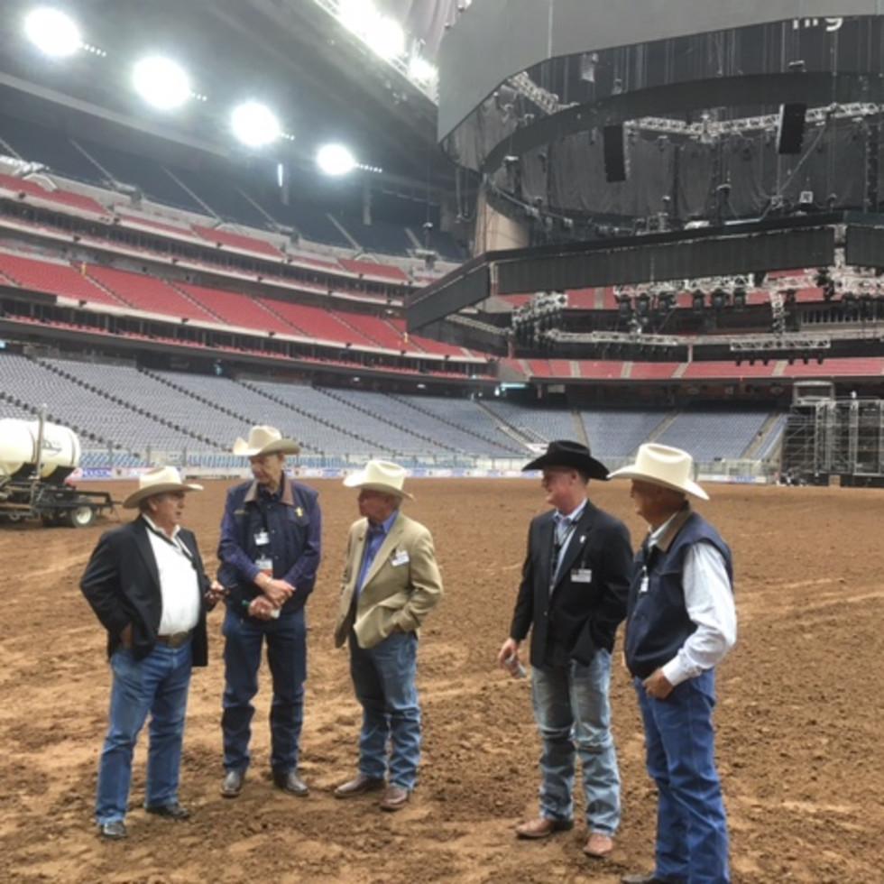 Rodeo Houston dirt floor