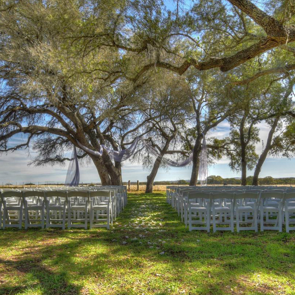Featherstone Ranch wedding venue Hill Country