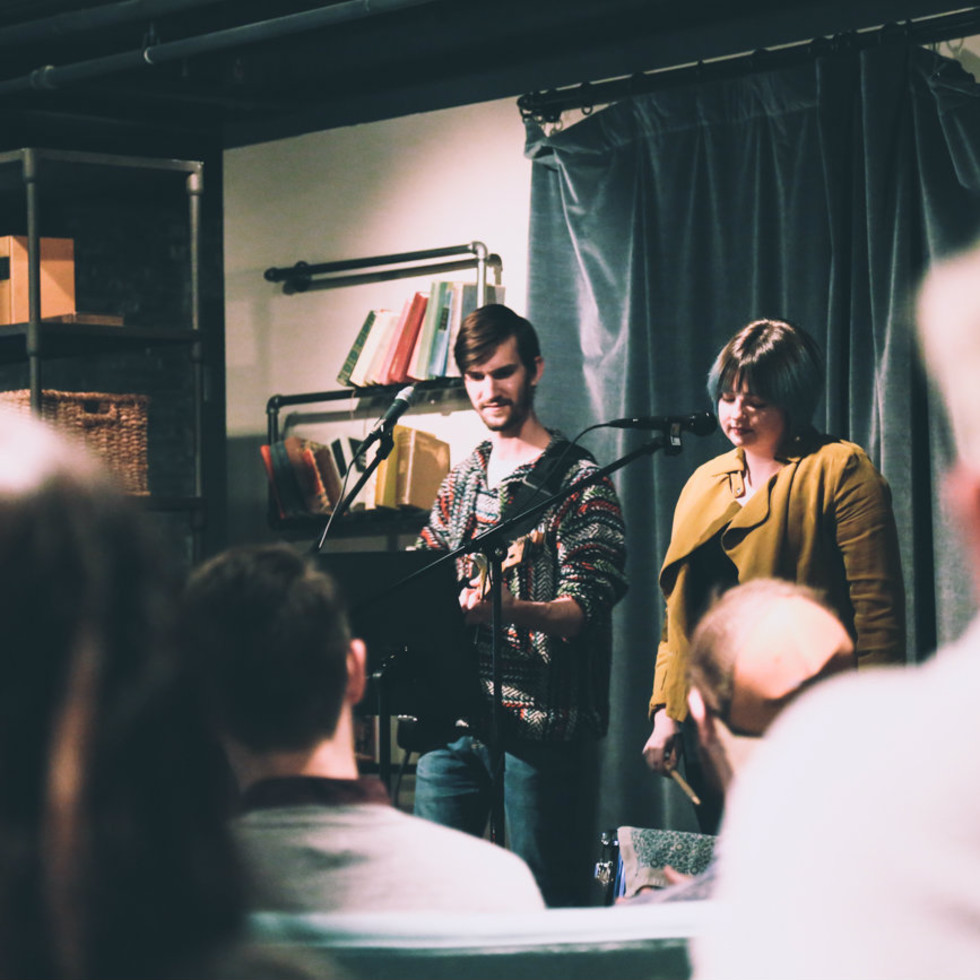 Late Night Open Mic at Magnolias: Sous Le Pont