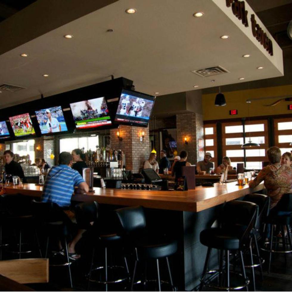 Bar at Park Tavern in Dallas
