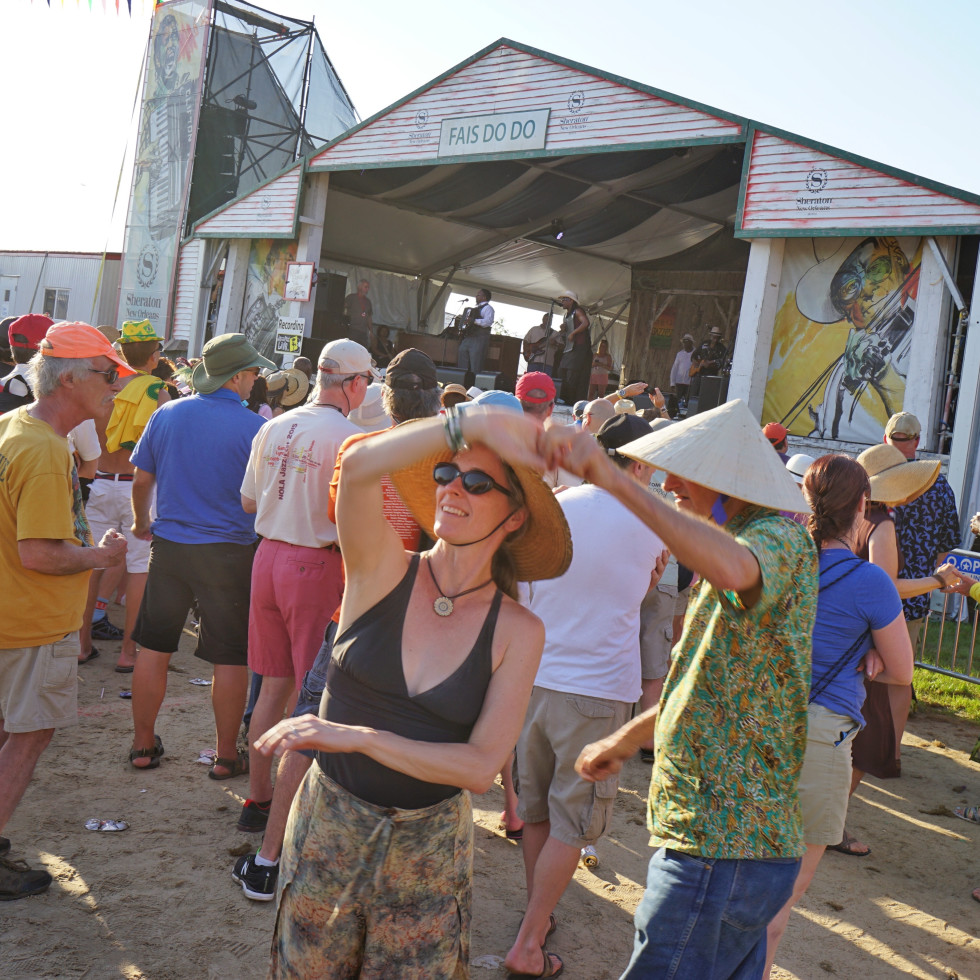 Jazz Fest in New Orleans people dancing