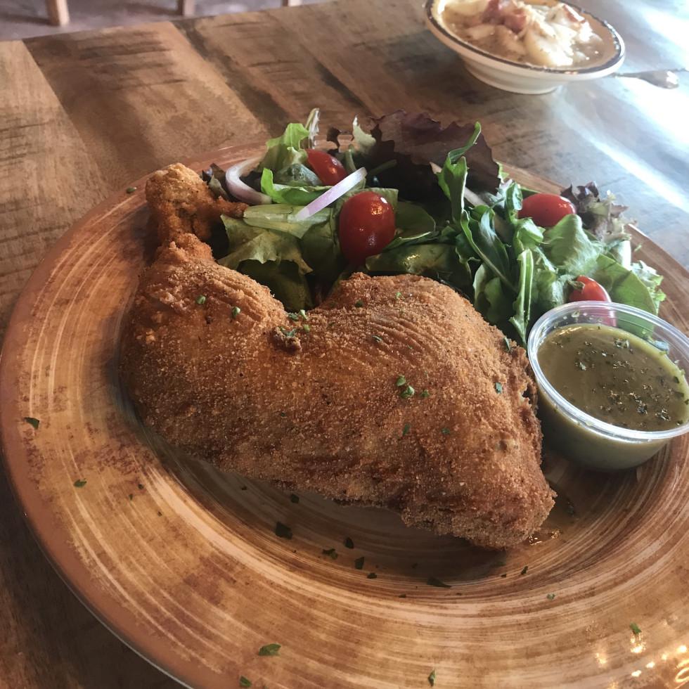 King's Biergarten Oma's fried chicken