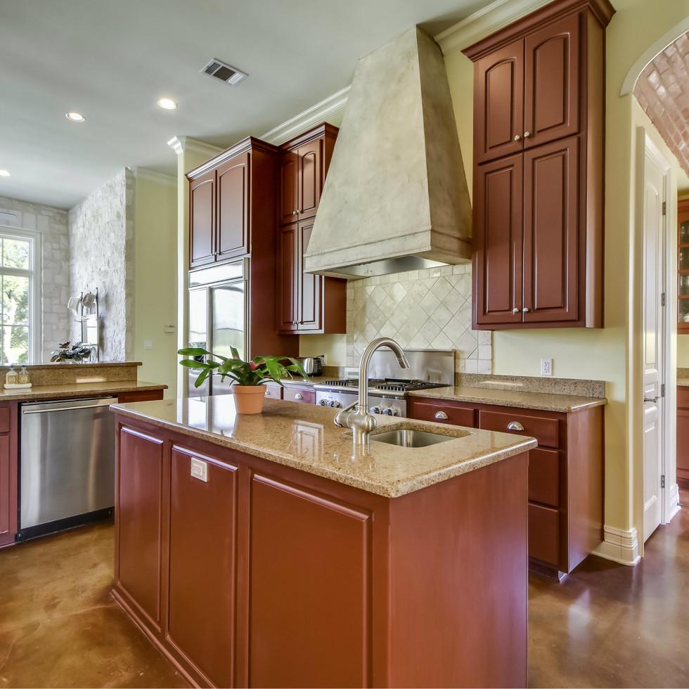 3904 Toro Canyon Rd Austin house for sale kitchen