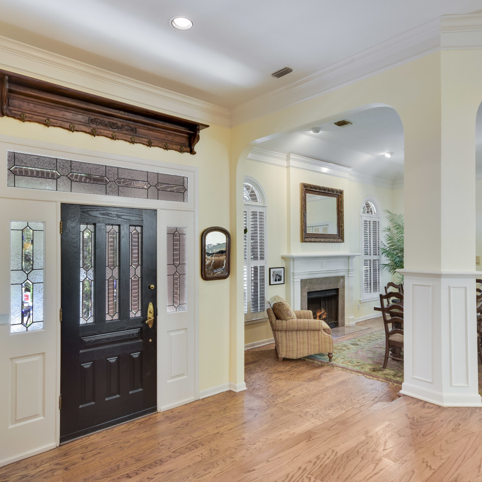 2400 Westlake Pass Austin house for sale entryway