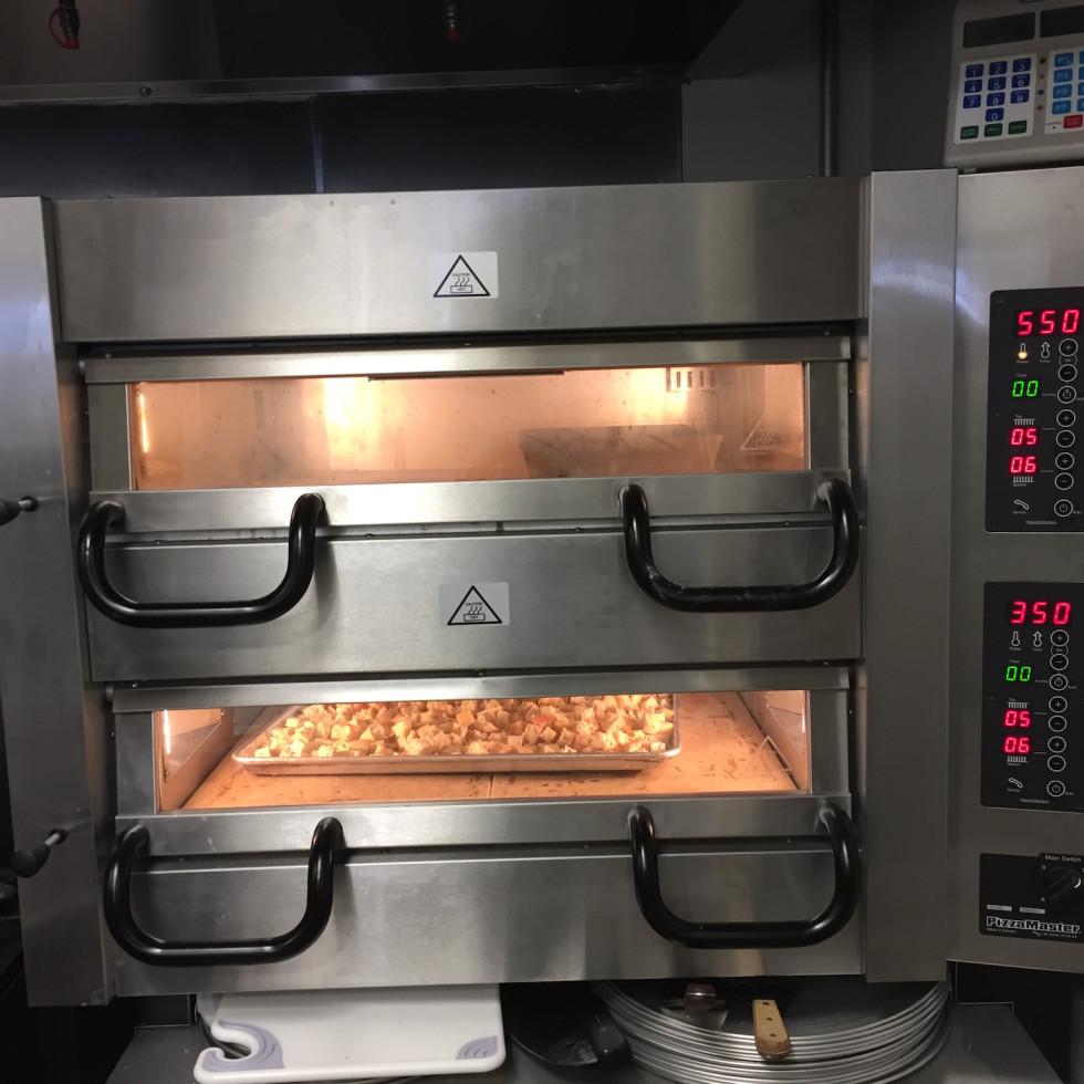 Pizaro's pizza oven
