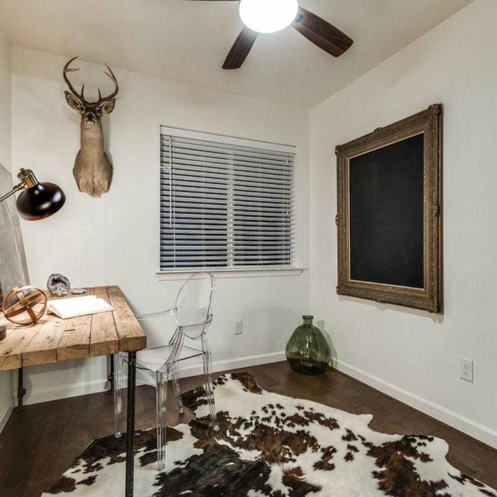 1639 Homewood Pl Dallas house for sale bedroom