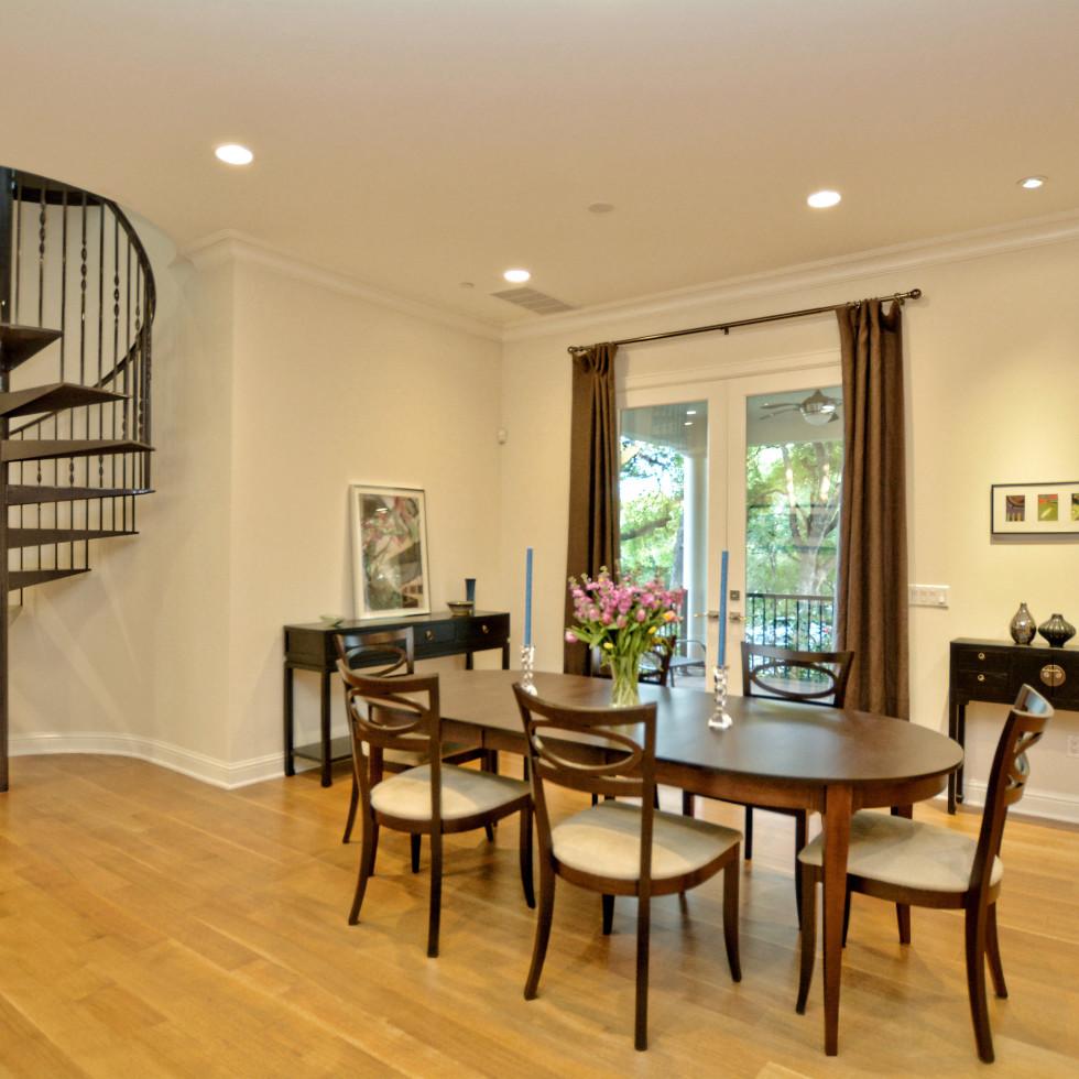 400 Almarian Austin house for sale dining room