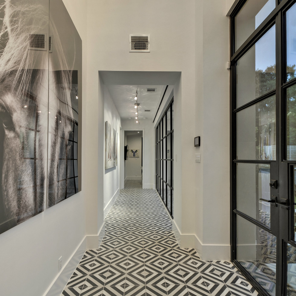3811 Westlake Austin house for sale hallway