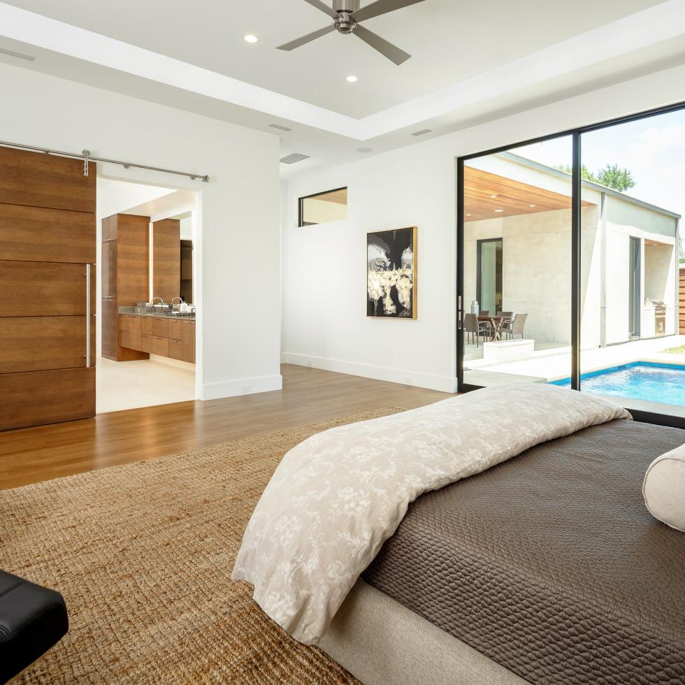 Master bedroom at 5746 Greenbriar in Dallas