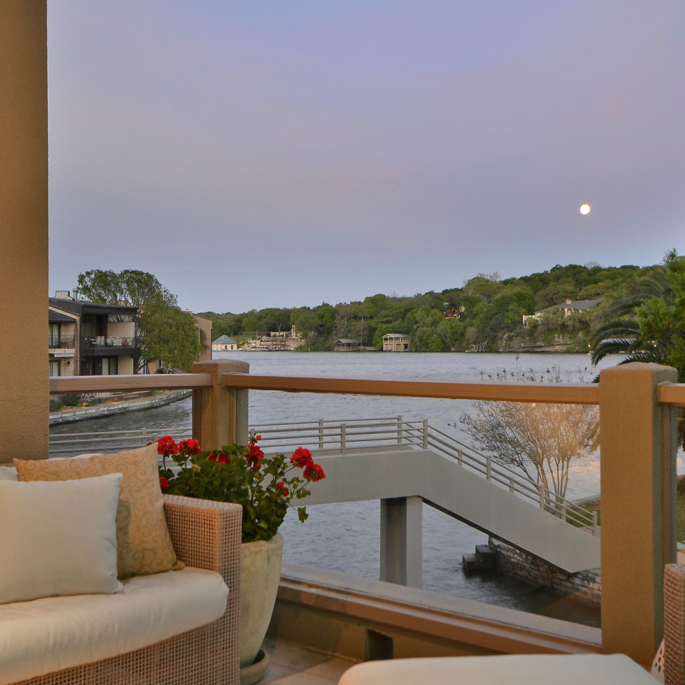 2329 Westlake Austin house for sale balcony
