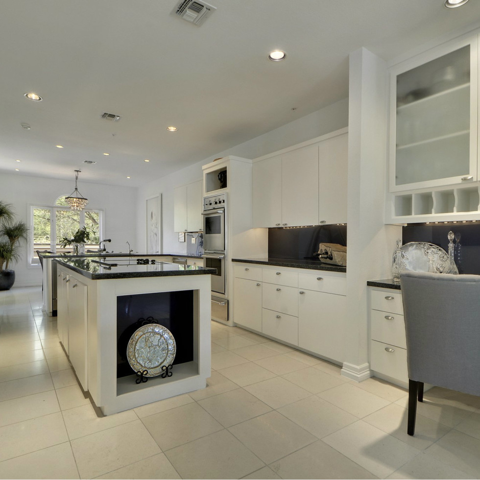 2329 Westlake Austin house for sale kitchen
