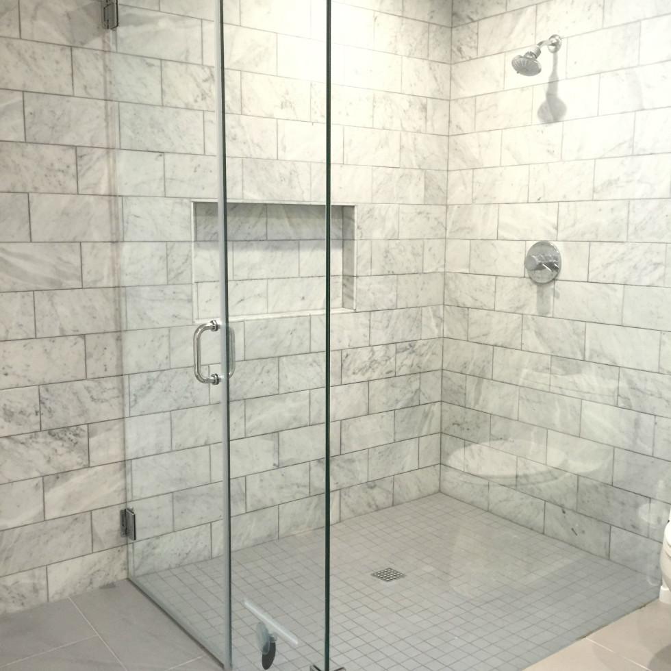 No curb/zero entry shower