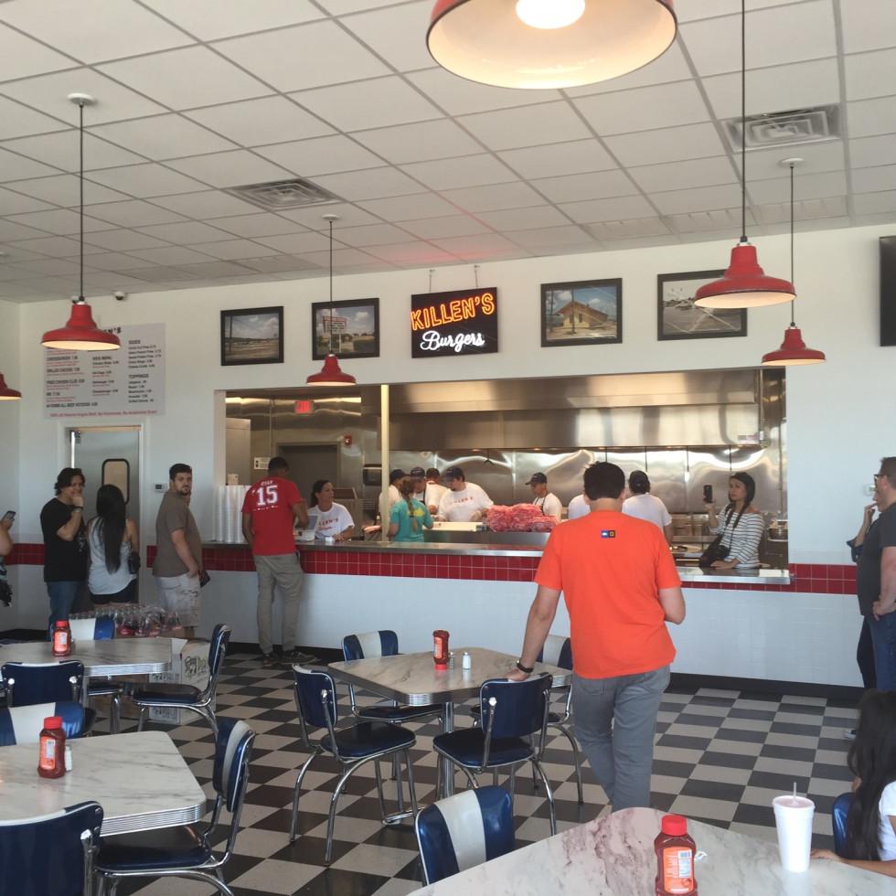 Killen's Burgers interior