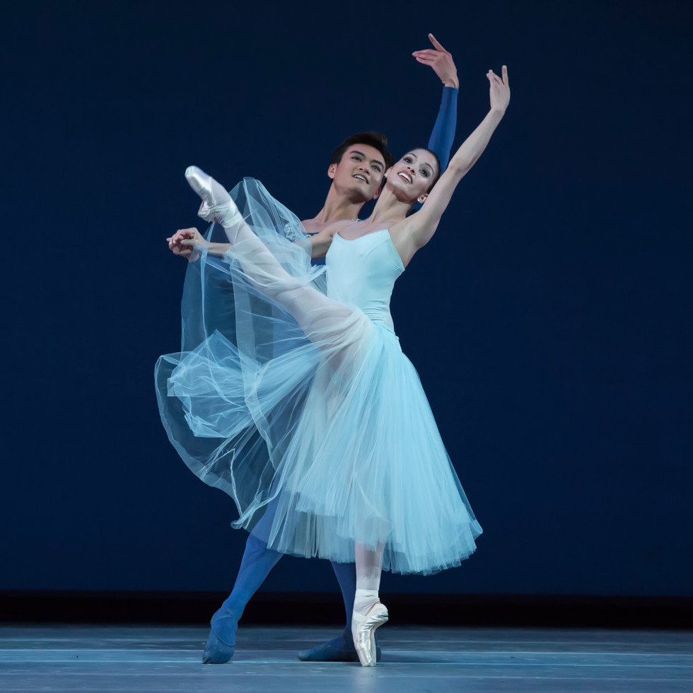 Houston Ballet Serenade, Karina Gonzalez and Chun Wai Chan