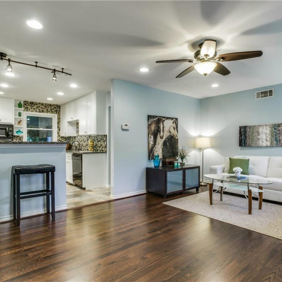 Living and kitchen at 11207 Sinclair Ave in Dallas