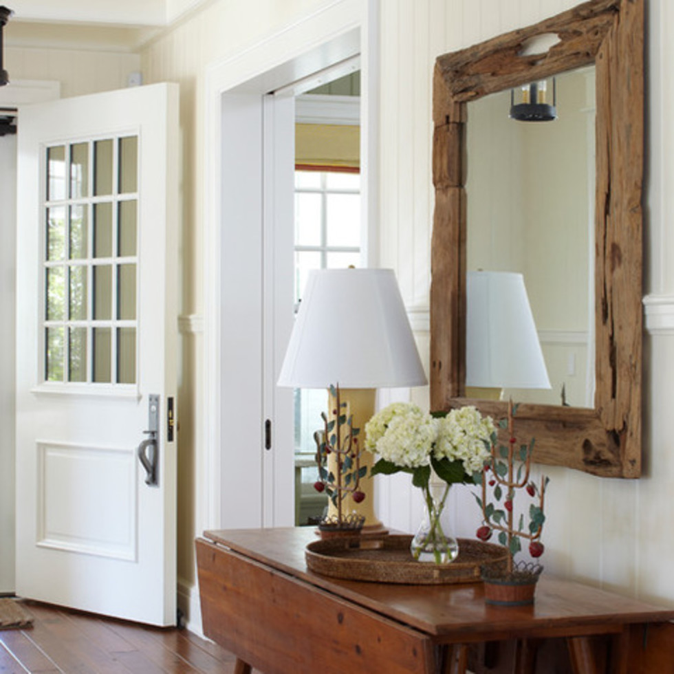 Farmhouse entry way Houzz