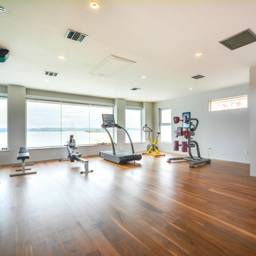 Austin house home Acqua Villa Winn Wittman Lake Travis 14515 Ridgetop Terrace 78732 exercise room