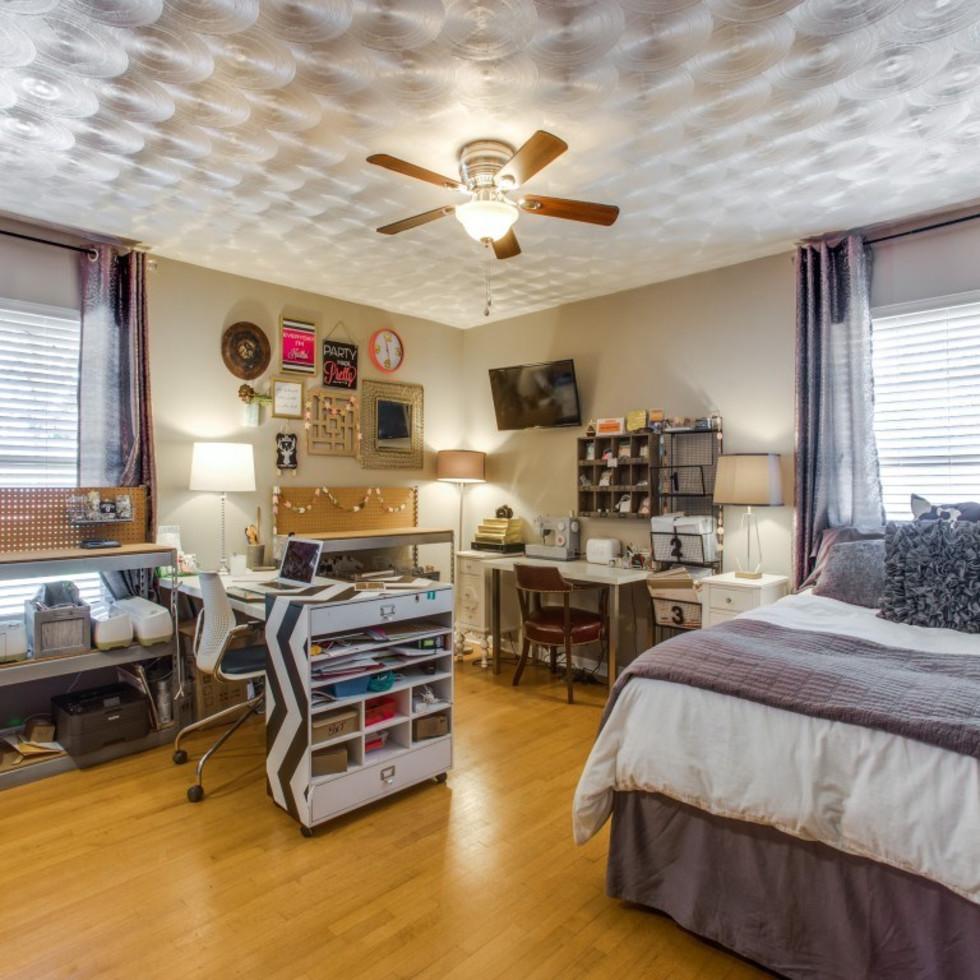 2421 Springhill Dr. master bedroom