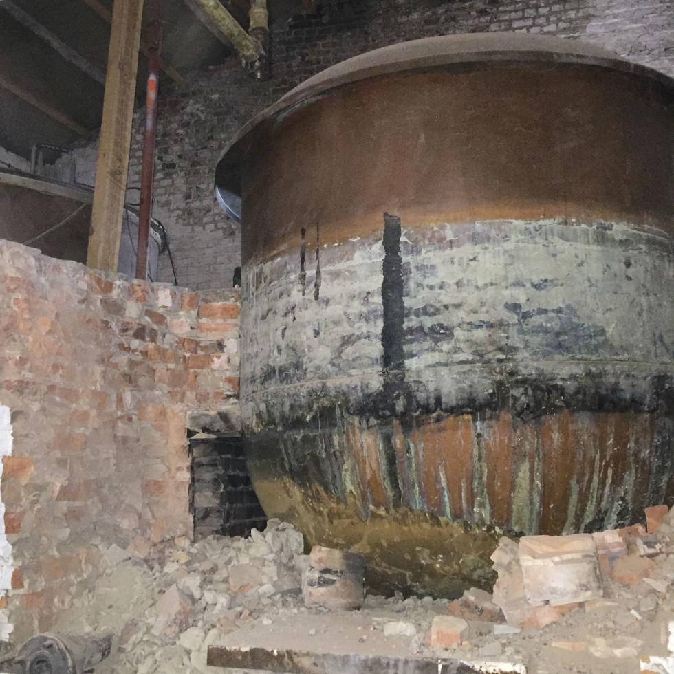 Christine Celis copper kettle removal Hoegaarden