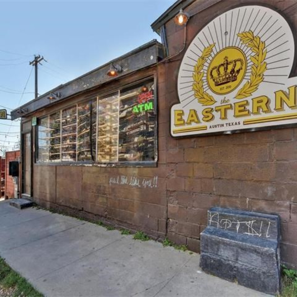 Cisco's Restaurant Bakery for sale 1511 E 6th St Sixth Street The Eastern bar