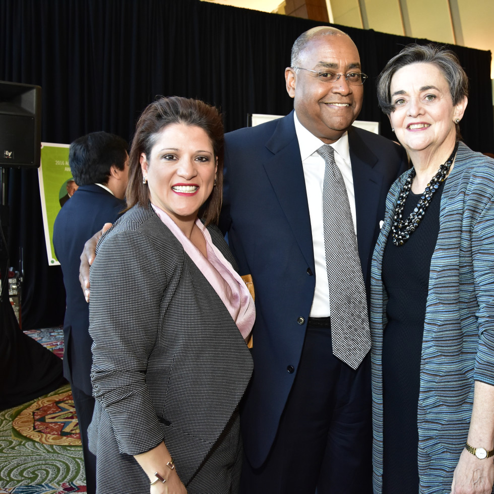 Neighborhood Centers luncheon, Feb. 2016, Claudia Vasquez, Rodney Ellis, Gwen Emmett
