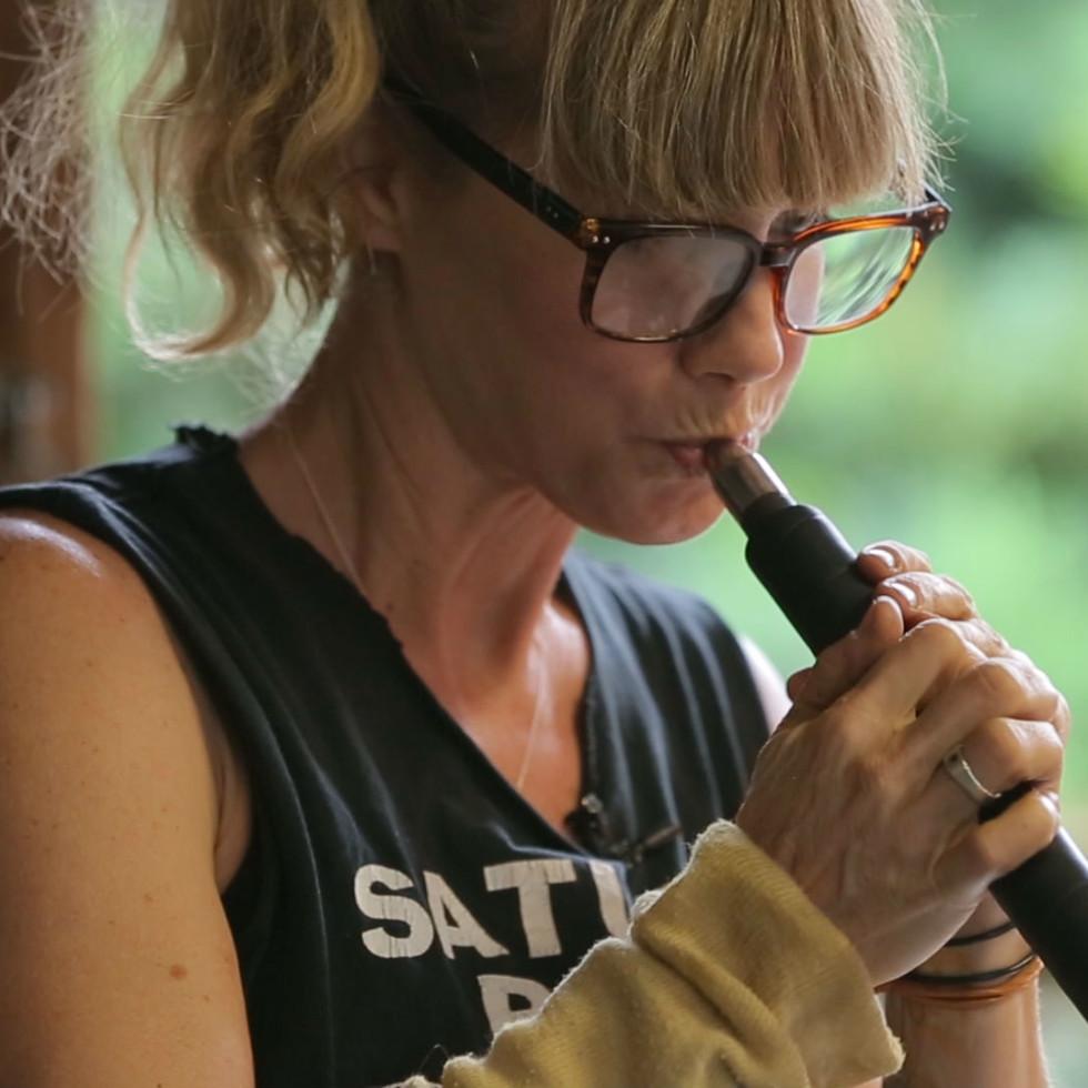 Leigh Taylor Wyatt glassblowing