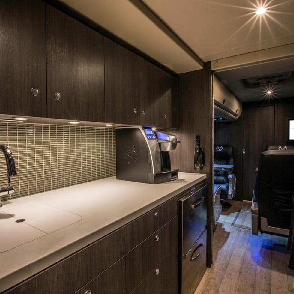 Vonlane bus kitchen CROPPED