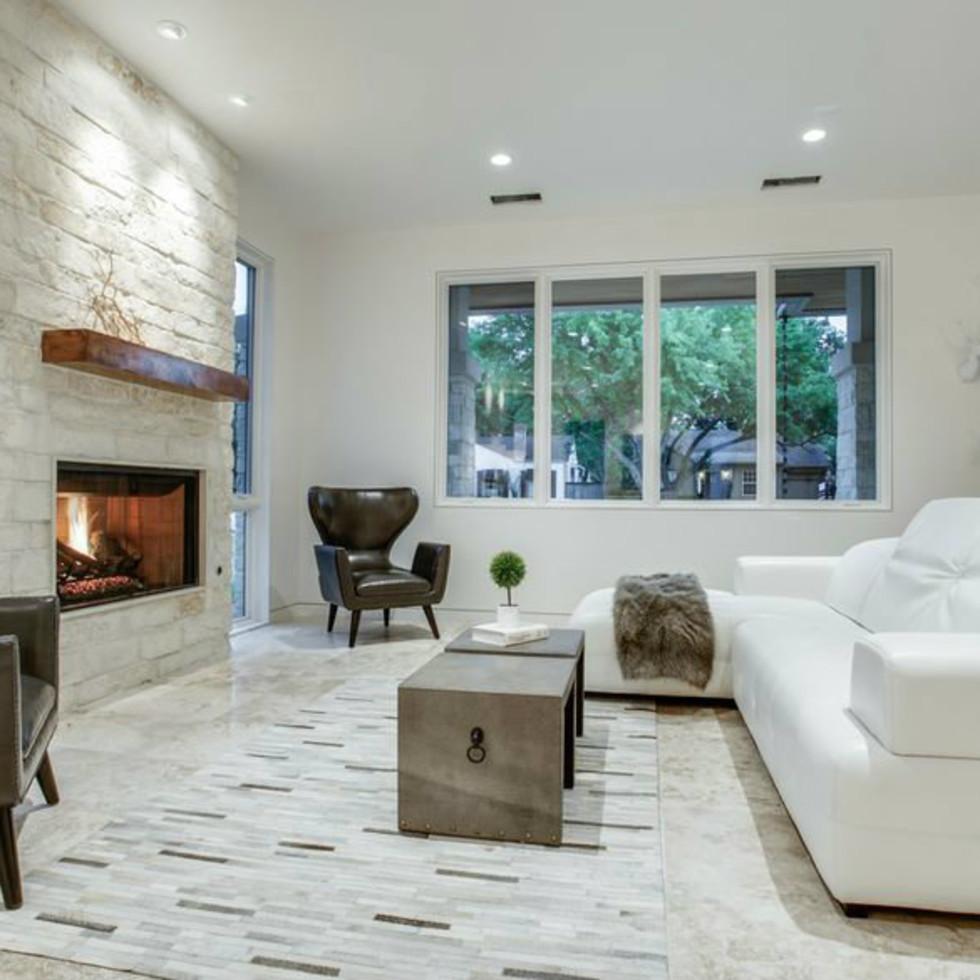 4428 Greenbrier fireplace