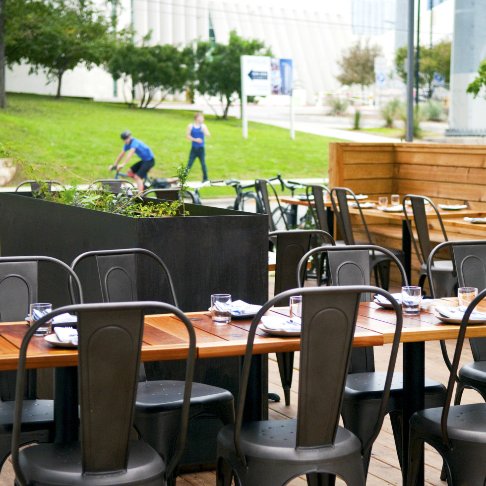 Emmer and Rye 2015 Austin restaurant outdoor patio Rainey Street