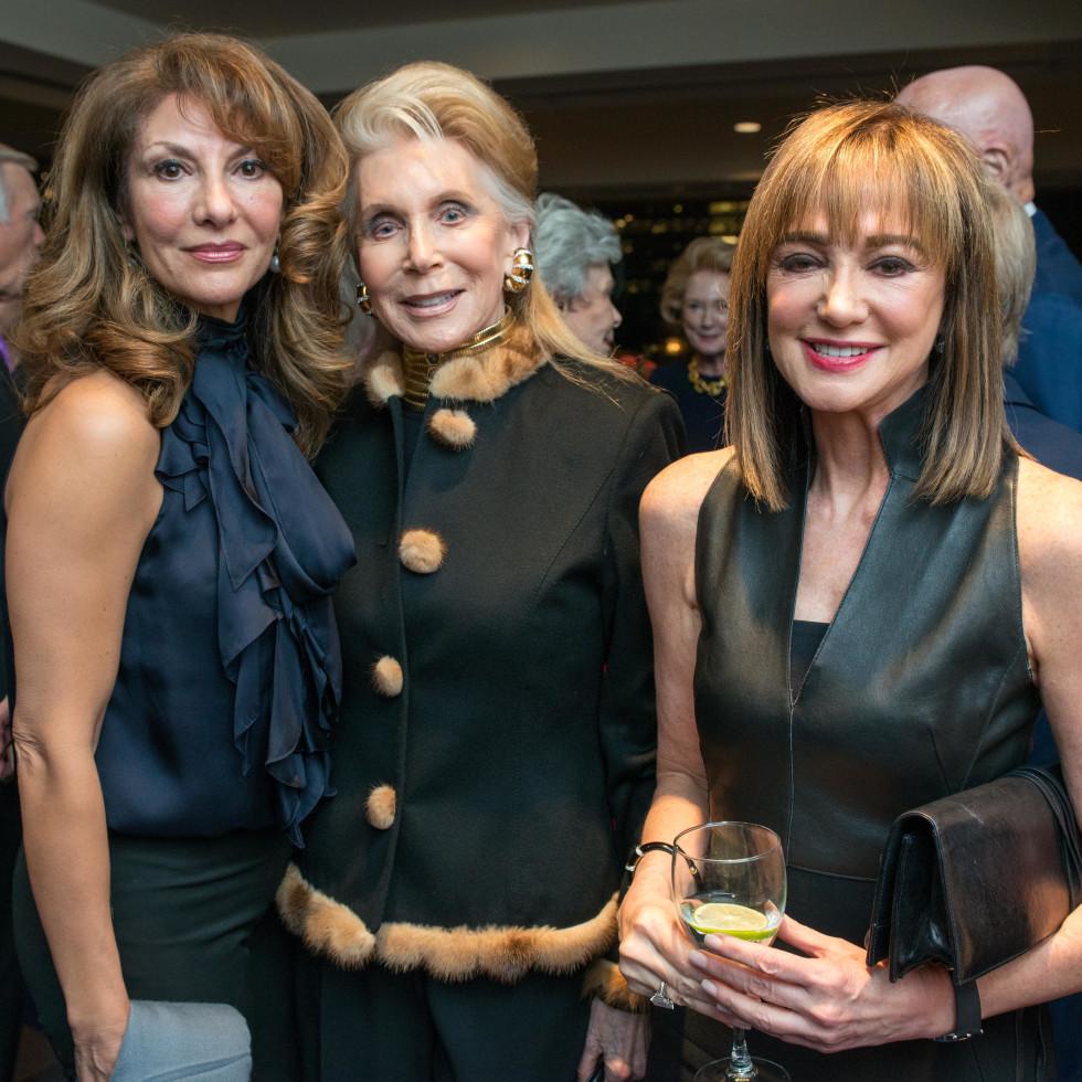 News, Shelby, MD Anderson Living Legend, Nov. 2015, Neda Ladjevardian, Joan Schnitzer-Levy, Janet Gurwitch