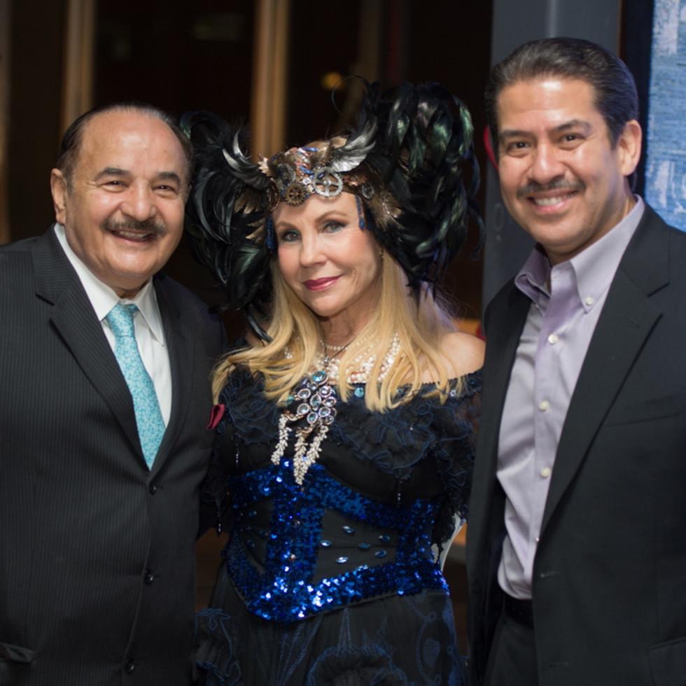 Arthritis Foundation Bone Bash 2015 Otzi Award Recipient Gus Parvizian 2014 Otzi Award Recipient Carolyn Farb and Adrian Garcia