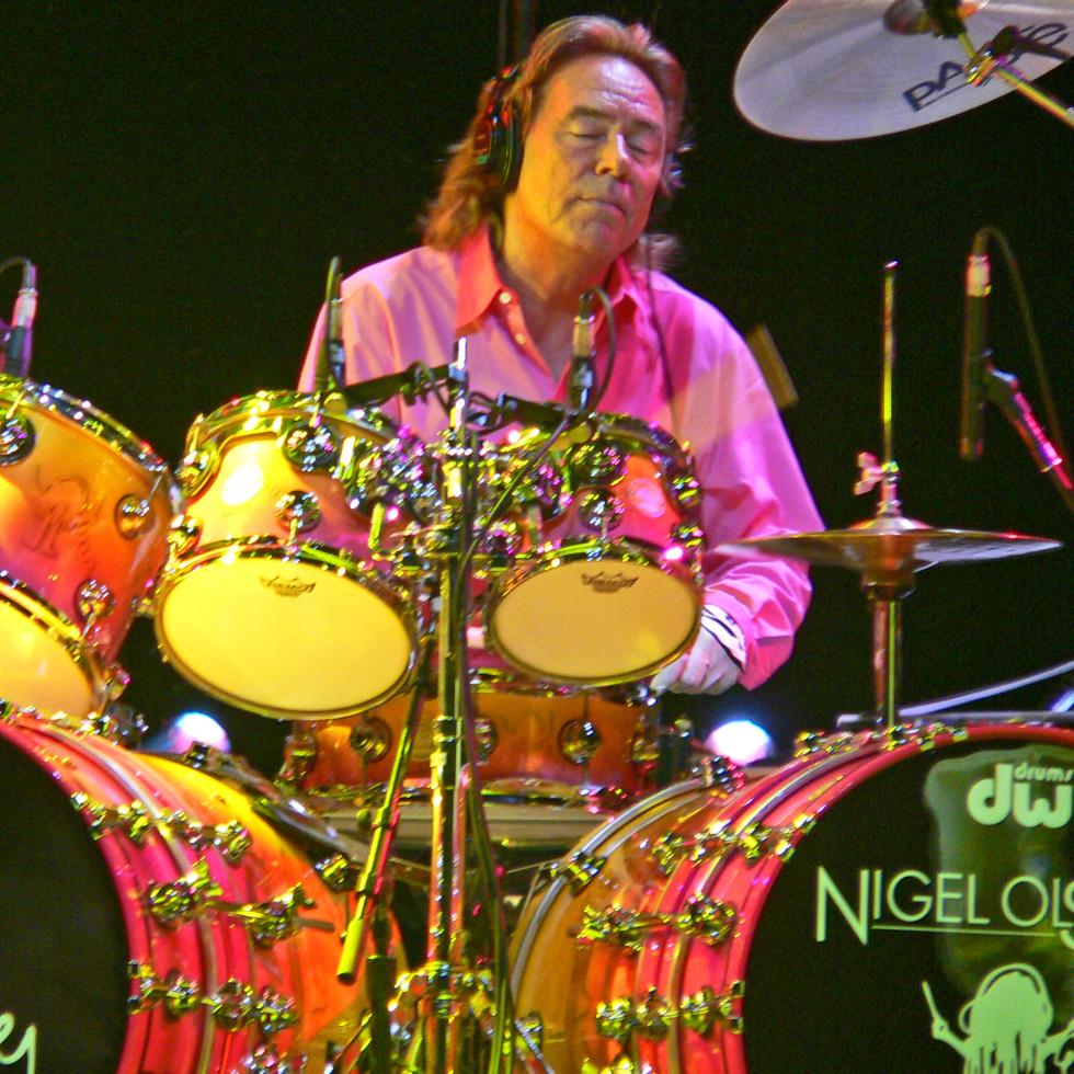 Nigel Olsson