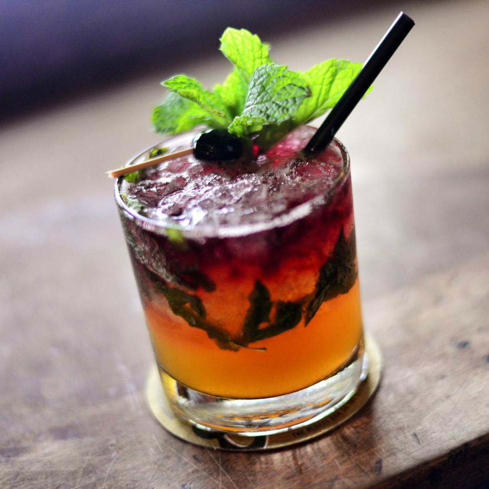 Esquire Tavern San Antonio Cocktail