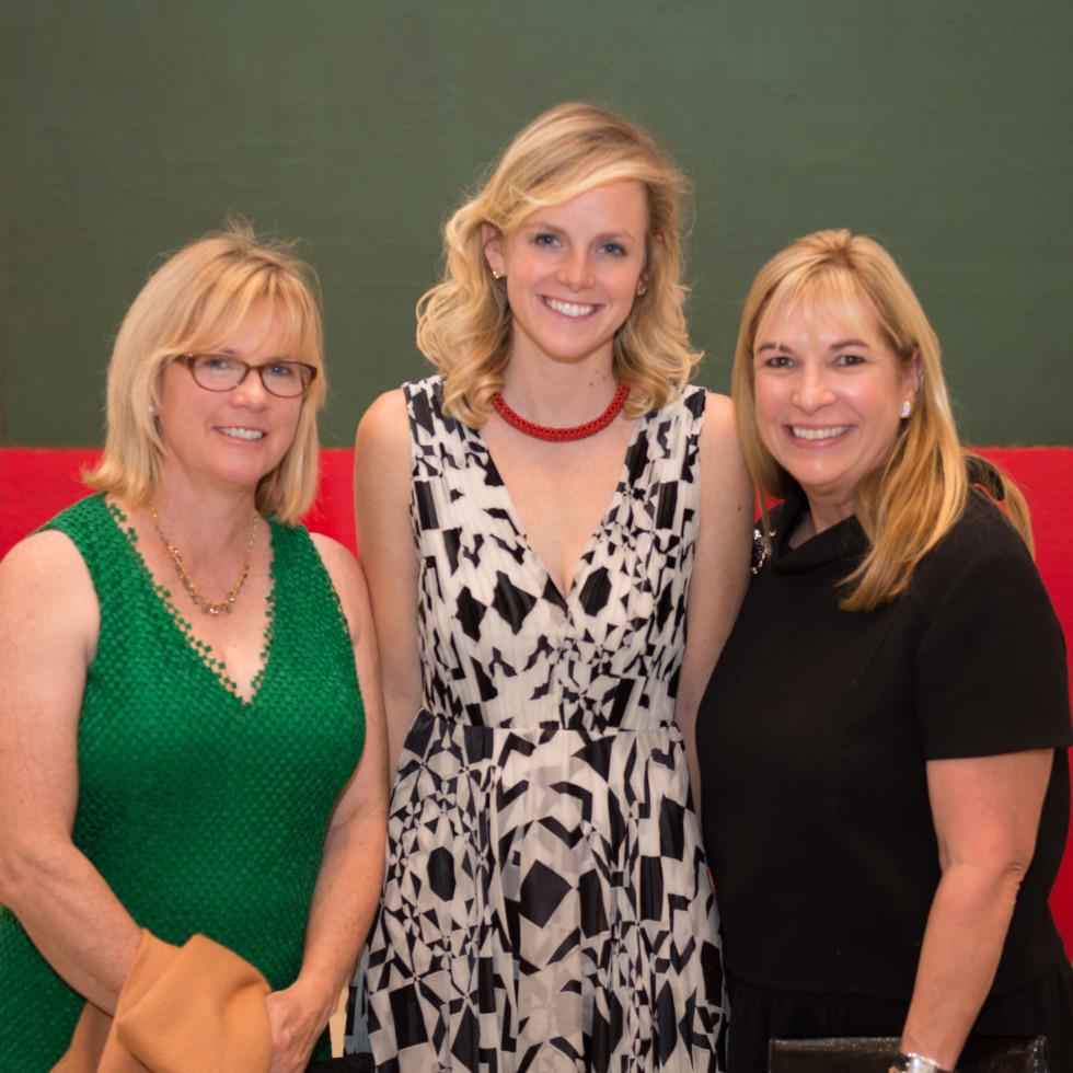 News, Shelby, MFAH Rothko opening, Sept. 2015 Sarah O' onnor; Becca Duncan; Nancy Abendshein; Photo by Wilson Parish.jpg