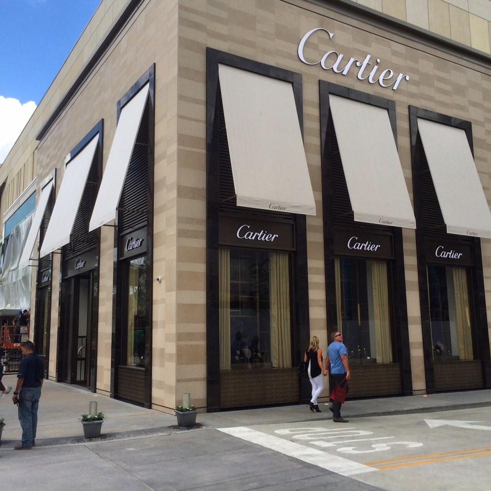Cartier River Oaks District store exterior