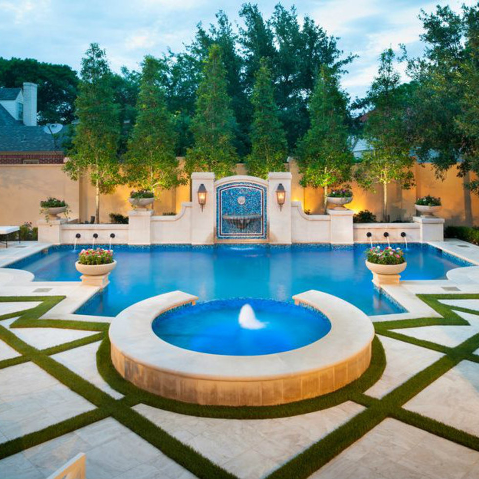 Dallas pool designed by Pool Environments Inc.