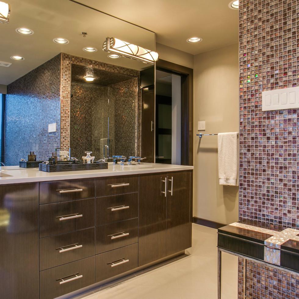 Bathroom at 3831 Turtle Creek Blvd. in Dallas