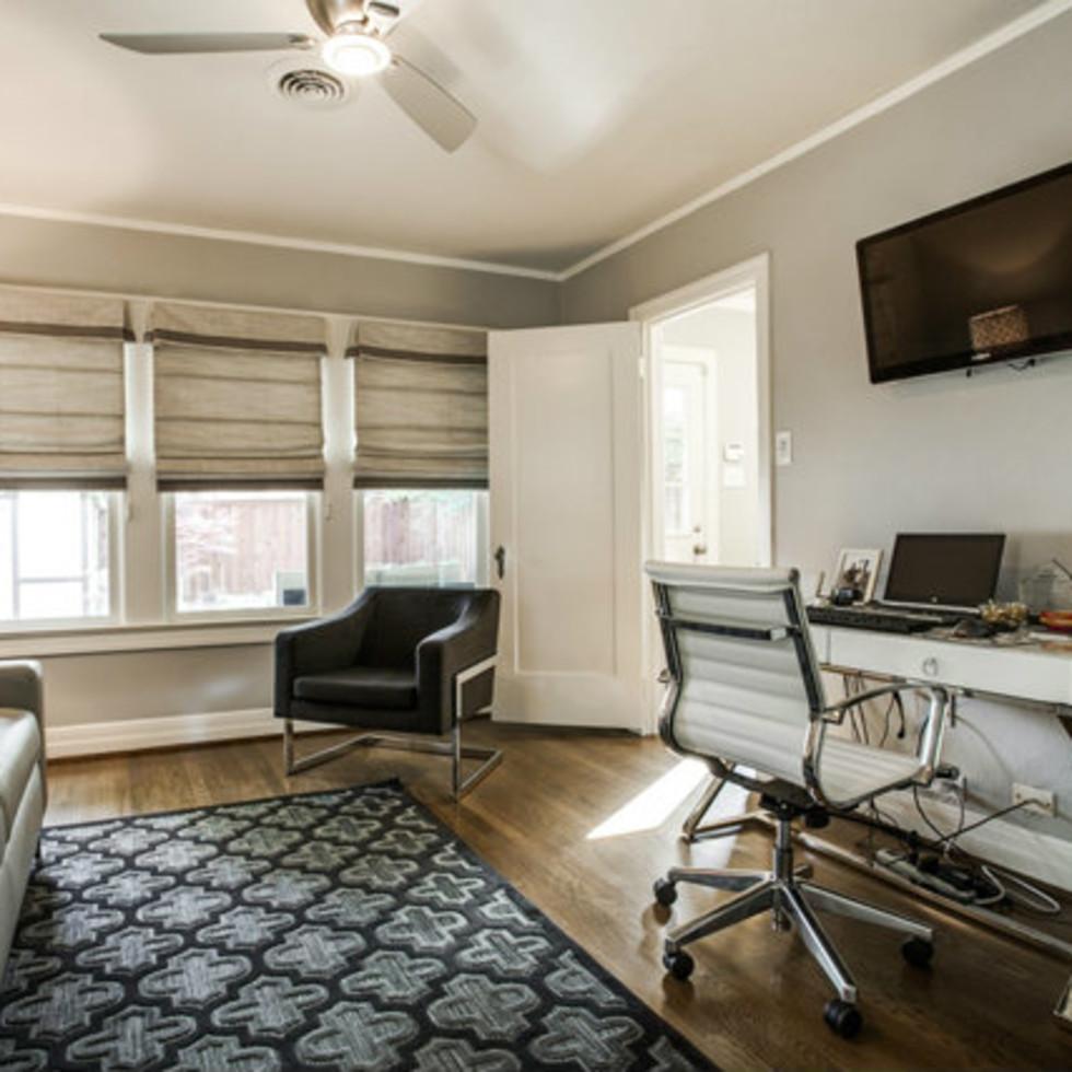 Office at 811 Monte Vista Dr. in Dallas