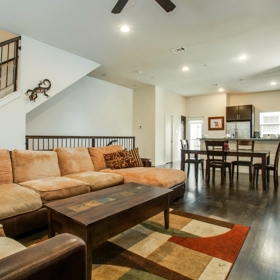 3200 Ross Ave in Dallas living room 2