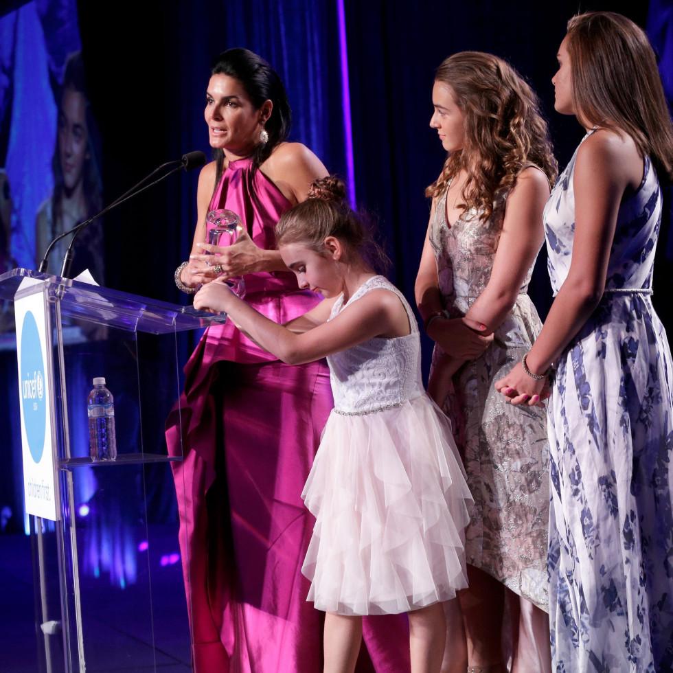 Houston, UNICEF Audrey Hepburn Society Ball, May 2017, Angie Harmon, Emery Hope Sehorn, Finley Faith Sehorn, Avery Grace Sehorn