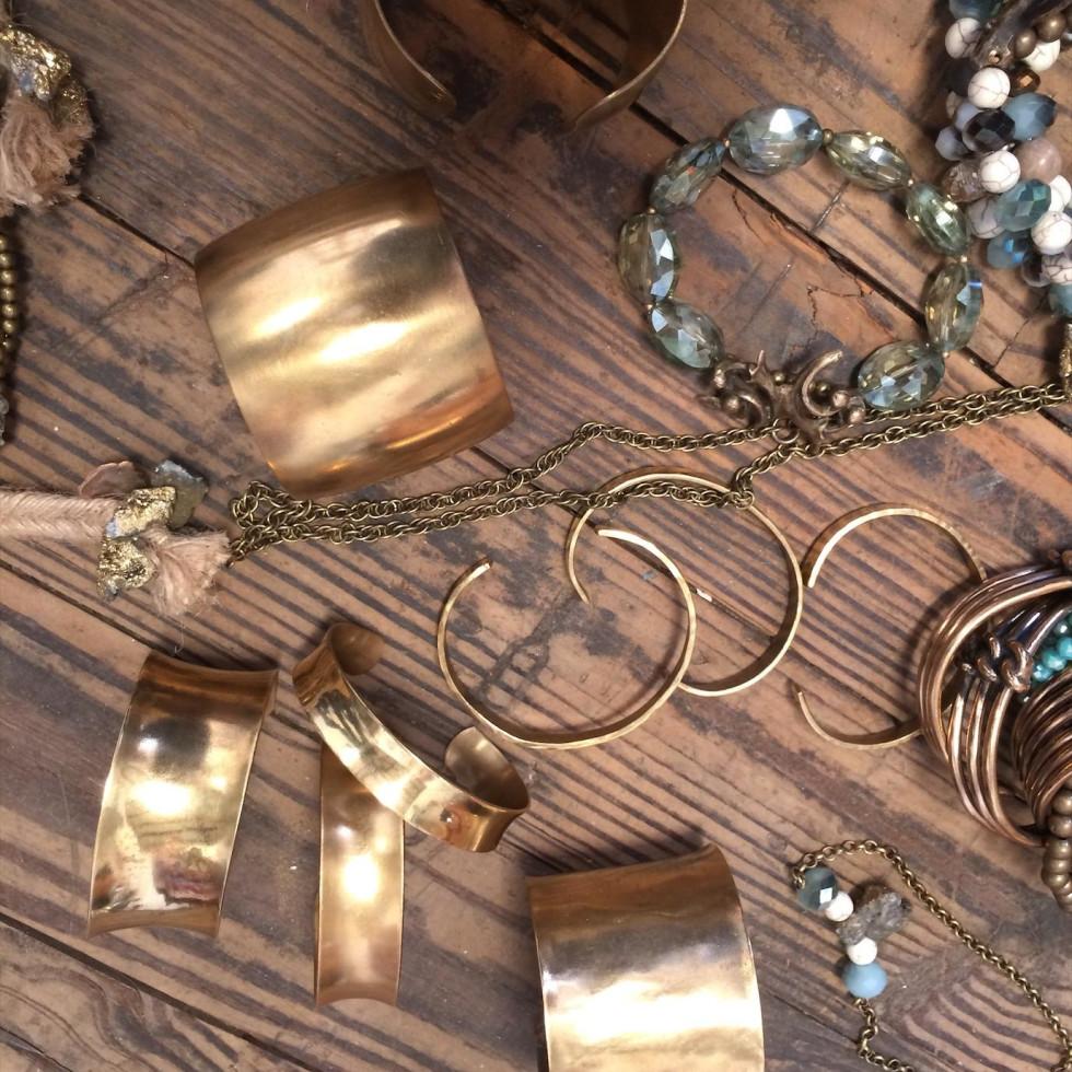 jewelry designers   Billie Hilliard