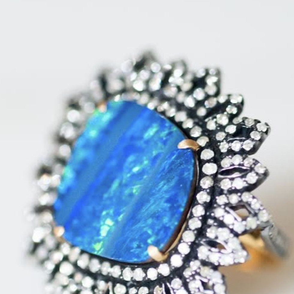 jewelry designers   Bella Madre