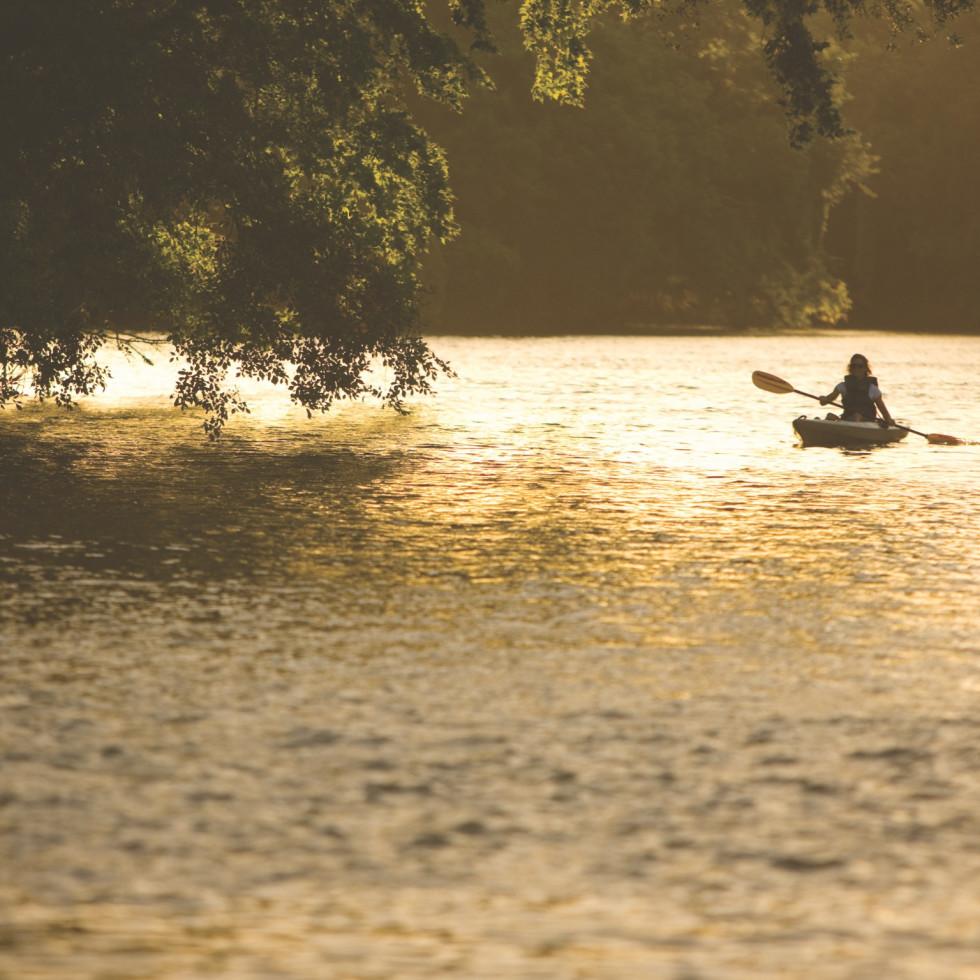 kayaking at Hyatt Regency Lost Pines resort