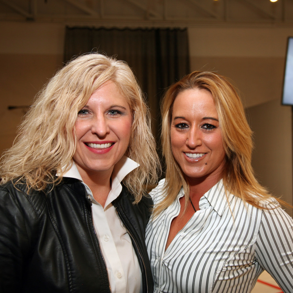 Kristi Holman, Christina Yielding, No Tie kickoff
